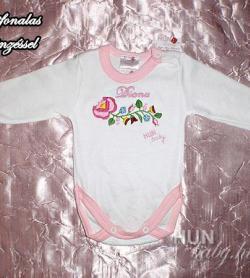 02560f90d0 Body hosszú ujjas kislányoknak - kalocsai rózsaszín kézzel hímzett Atina  mintával, egyedi névvel - Kolombius